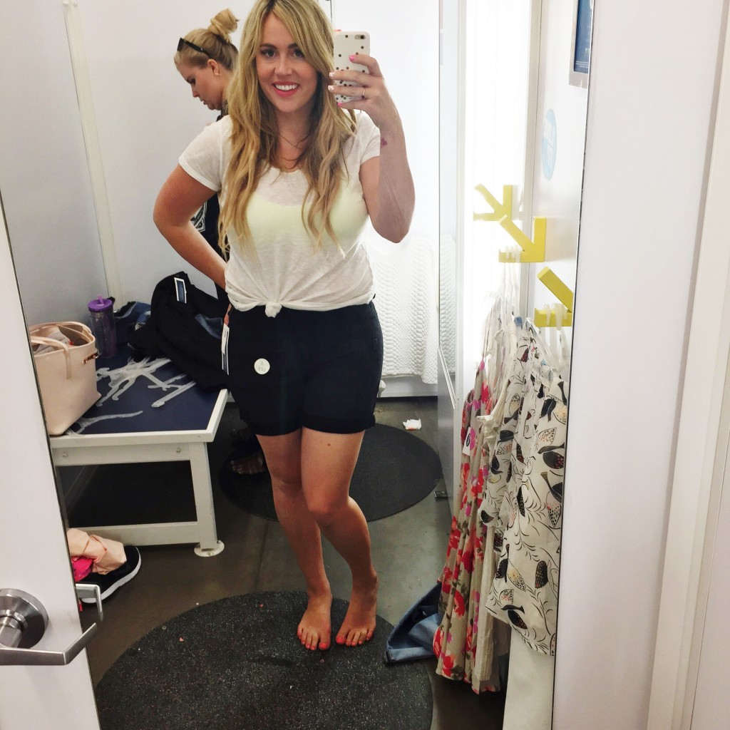 Old Navy Sales This Weekend: Dressing Room Dilemma: Old Navy