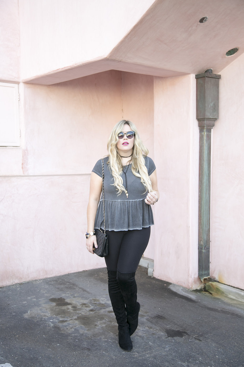 Styled by Five xx Sweet Legs Leggings graphic